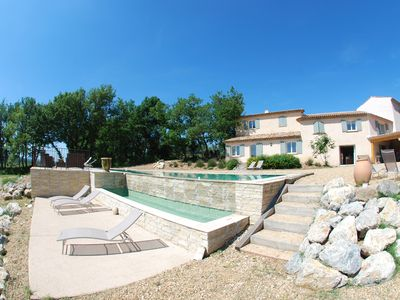 Photo for Charming property, spa and swimming pool 16,5m in an exceptional site