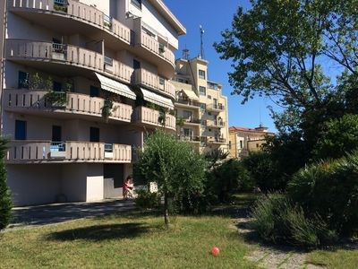 Photo for Spacious apartment with parking space and garden in central area in Pescara