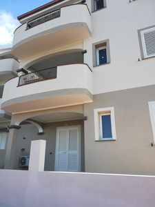 Photo for Three-room apartment with sea view a stone's throw from the sea