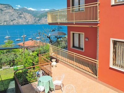 Photo for Apartment Casa Maria (BRZ185) in Brenzone - 2 persons, 1 bedrooms