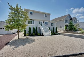Photo for 6BR House Vacation Rental in Toms River, New Jersey