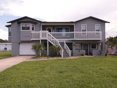 Updated Hudson Home with Direct Gulf Access and Floating Dock