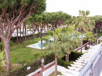 Lovely well appointed apartment with impeccably maintained gardens just a short walk from the beach