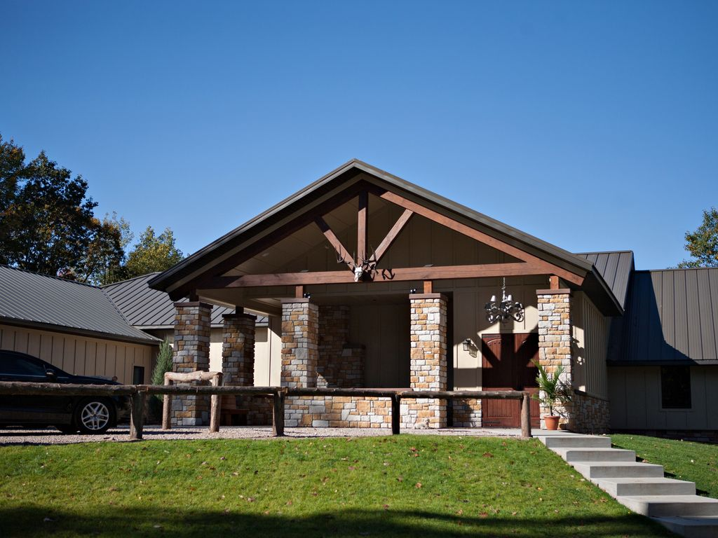 10 000 sq ft full service lodge on gated 1 300 acre for 10000 sq ft in acres