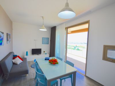Photo for Yachting vista mare - cozy apartment overlooking the sea