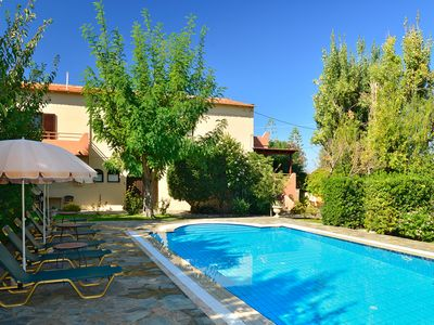 Photo for A private villa with pool, located 600m from the beach