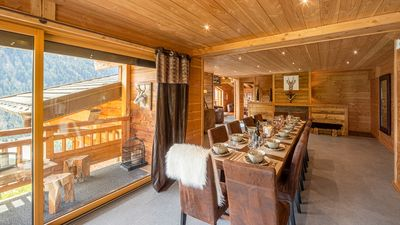 Photo for Luxury chalet with spa for 12 people, near the slopes and the center of Châtel