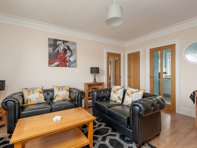 Photo for 2BR Apartment Vacation Rental in Edinburgh
