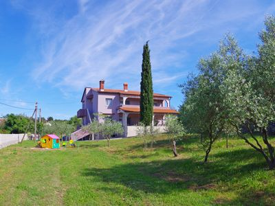Photo for Holiday Apartment with spacious garden, 2 bedrooms, for max 6 persons