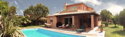 Photo for Beautiful Provencal Villa with swimming pool