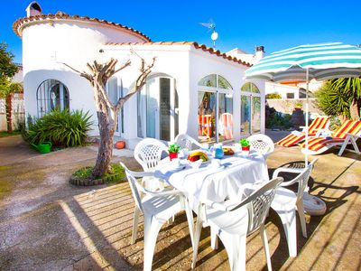 Photo for Vacation home CASA BAHIA  in Empuriabrava, Costa Brava - 6 persons, 3 bedrooms
