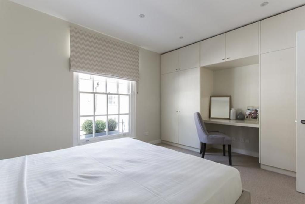 London Home 308, Enjoy a Holiday of a Lifetime Renting Your Own Private London Home - Studio Villa, Sleeps 8