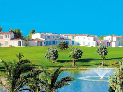 Photo for Attractive, Provencal holiday park between Aix-en-Provence and Marseille