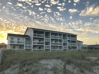 Photo for A majestic view, close to the Carolina Beach Boardwalk. Newly renovated