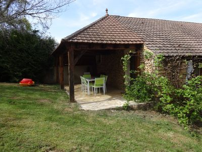 Photo for Quiet cottage in the heart of Black Perigord (25 km from Sarlat)