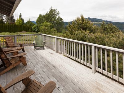 Photo for River Ranch-Perfect abode for two couples, singles or a small family to enjoy Hood River