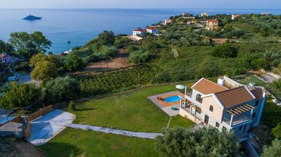 Photo for 'Wonderful Villa Helena Kefalonia, 3 BEDROOMS, 2 BATHROOMS, Private swimming pool, sea view !