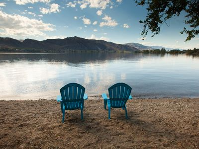 """Photo for Osoyoos Lake Front """"Lemonade Stand Cottage"""" at Oroville Beach Club"""