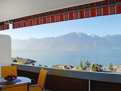 Photo for Apartment Bellevue in Montreux - 4 persons, 1 bedrooms