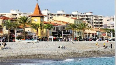 Photo for Furnished tourist in CAGNES SUR MER (south-east of FRANCE)