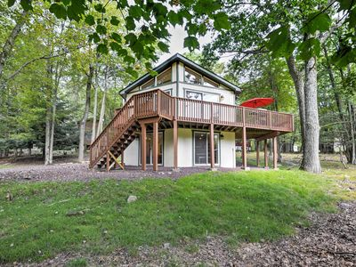 Photo for Cozy Lake Harmony Home w/ Deck - Between 2 Lakes!
