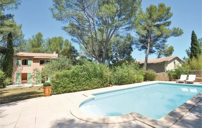 Photo for 4 bedroom accommodation in Nîmes