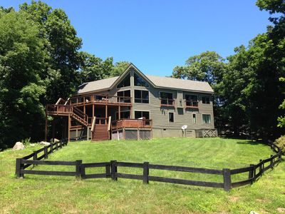This huge fenced yard is perfect for entertaining large groups, kids and dogs!