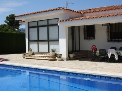 """Photo for VILLA ON ONE FLOOR, IN MIAMI-PLATJA CENTER """"WIFI"""" WITH PRIVATE POOL"""