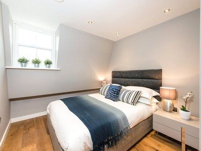 Photo for The Norfolk Townhouse - Large & Stunning 5BDR Mews Home on Private Street