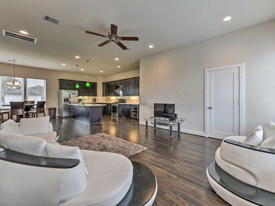 Photo for NEW! Central Houston Townhouse - 1 Mi to Downtown!