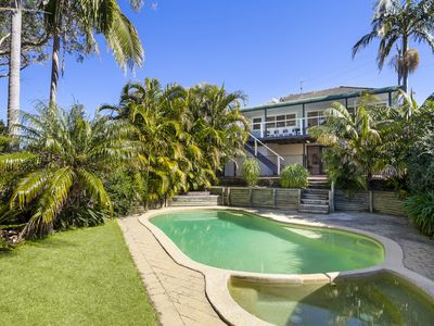 Photo for Central Beach House - Avalon Beach, NSW