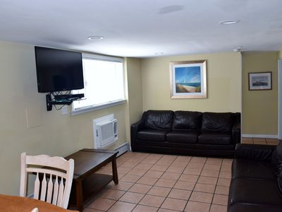 Photo for 308 Webster 1st floor apartment sleeps 10 w/beach badges walk to beach