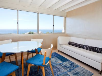 Coogee Beach 2 Bedroom Ocean Views with Parking CO84