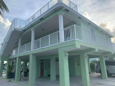 Photo for Beautiful 3 bed/3 bath Canal Home with Ocean Access in Key largo - 60 foot Dock