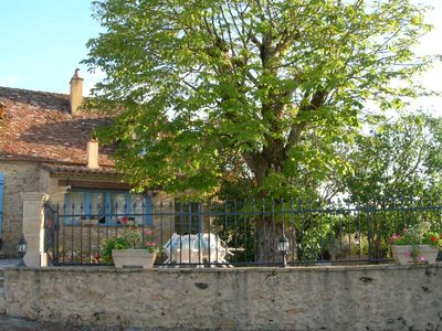 Photo for PERIGORD CHARMING HOUSE BEAUMONT between the Périgord and MONPAZIER
