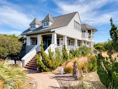 Photo for Cape Watch Cottage: 4 BR / 4 BA  in Bald Head Island, Sleeps 10