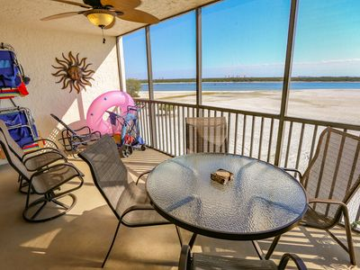 Photo for Welcome to Carlos Pointe 431. This fully furnished fourth floor, two bedroom, two full bathroom, beachfront condo will take your breath away.