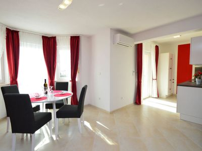 Photo for Apartment Villa Nikaroni in Trogir/Okrug Gornji - 4 persons, 1 bedrooms