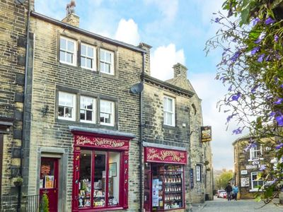 Photo for Clock View, HAWORTH