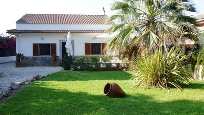 Photo for Family-friendly holiday home near the beach - Casa Joana