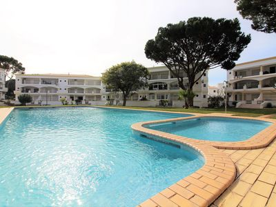 Photo for 2 bedroom apartment near Vilamoura Marina