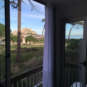 Photo for 85m2 apartment beautiful sea view and citadel close to the beach