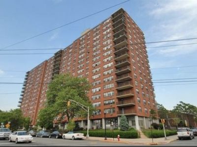 Luxury 1 bed/1 bath condo mins from NYC