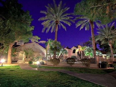 Photo for Great Location! 2 Bed 2 Bath Unit Near Talking Sticks Resort