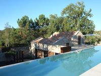 Fantastic house in beautiful nature close to lovely neaches, Swimmingpool included