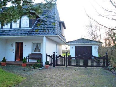 Photo for Holiday home on Sylt in the idyllic Archsum