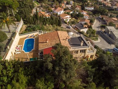 Photo for Spectacular villa with private pool, 6 bedrooms 3 bathrooms, 16px