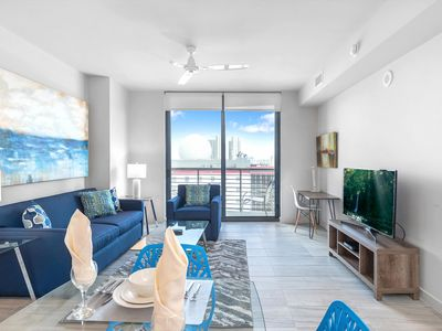Photo for Luxury 1BR | Full Kitchen| Downtown Miami by GLS