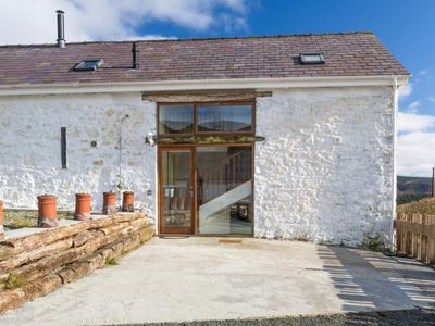 Photo for Merlin Cottages: 4* Merlin Barn, Games Room, Nearby Outdoor Activities