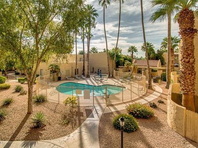 Photo for Miller- Great 2bd condo steps away from everything Old Town Scottsdale offers